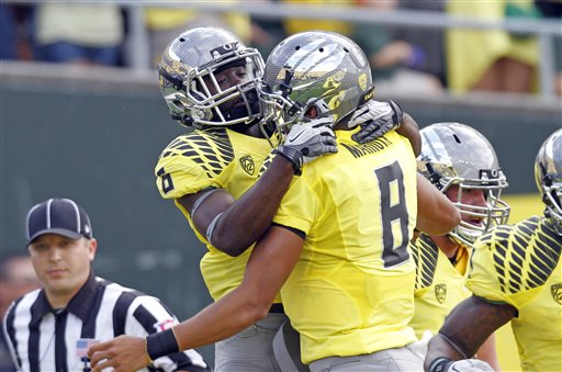QB Marcus Mariota and RB DeAnthony Thomas are key members of the most explosive offense in college football.