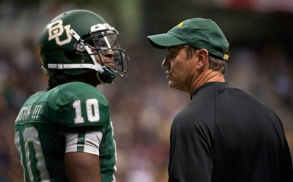 Briles would make an exceptional offensive coordinator but not a head coach. (Brendan Maloney-US PRESSWIRE)