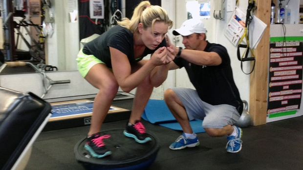 No amount of rehab can heal Lindsey Vonn's injury in 7 months.